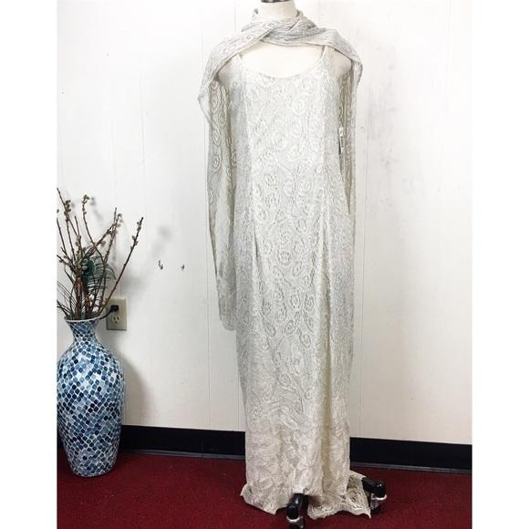 Vintage Dresses & Skirts - Jeffrey + Dara Crochet Lace Ivory Metallic Dress